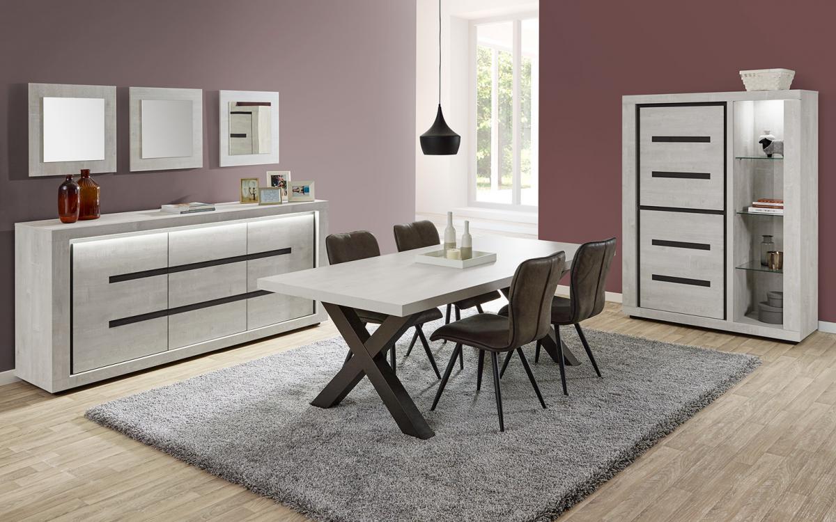 Eetkamer ludovic: tafel+ dressoir+ vitrine + 4 stoelen