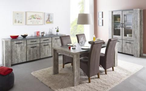 Eetkamer Jelle: Tafel + dressoir + vitrine+ 4 stoelen