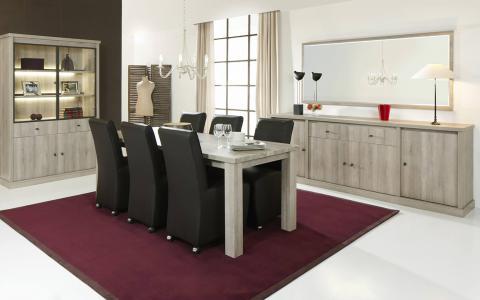 Eetkamer Oxford, tafel + dressoir + vitrine